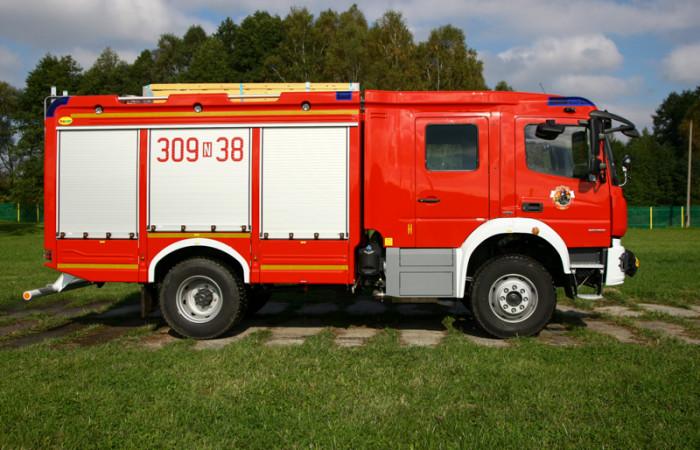 4J8T0321-700x450