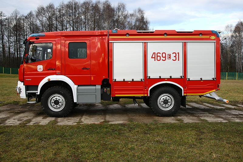 4J8T5147