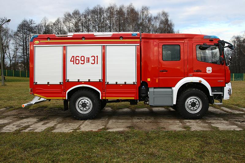 4J8T5183