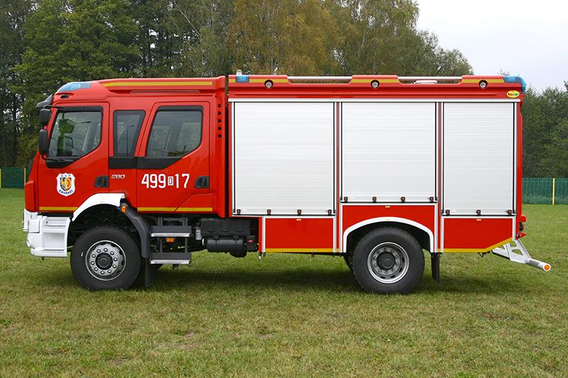 4J8T6607