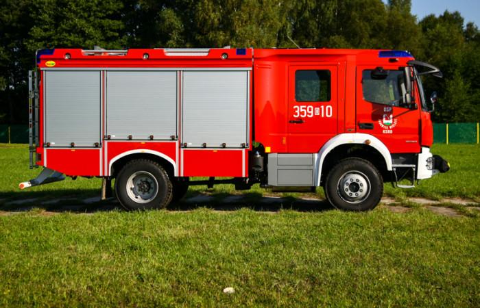 4J8T9596-700x450