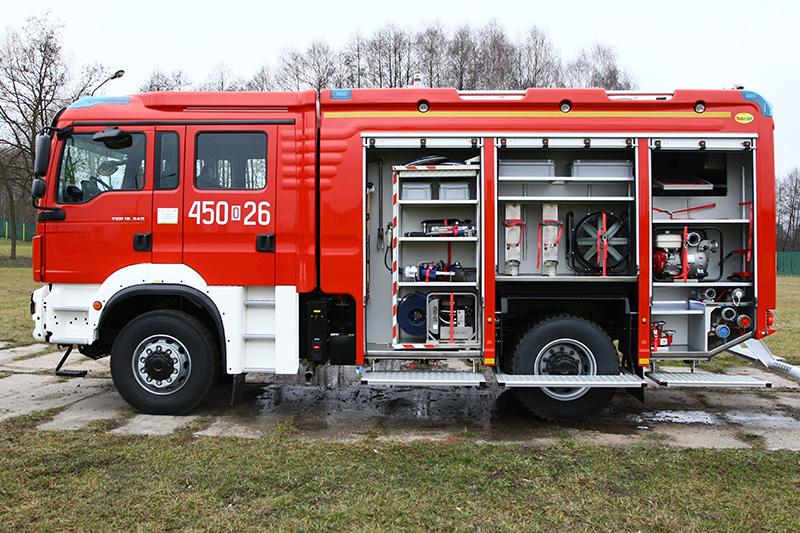 4J8T5213