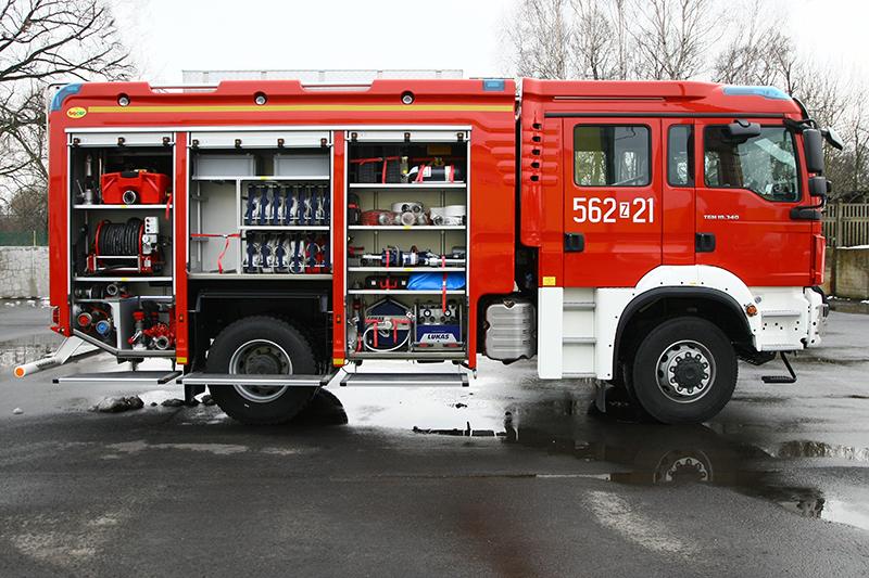 4J8T5532