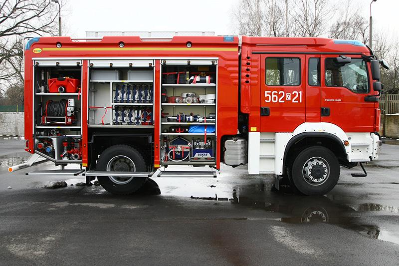 4J8T5533