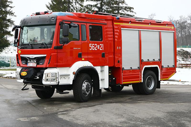 4J8T5580